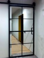 Слайд дверь с зеркалом