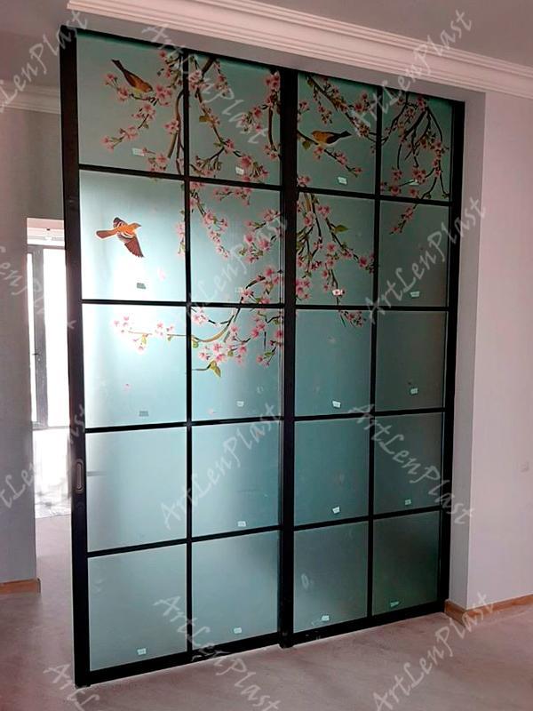 Սլայդ դռներ Սլայդ դուռ՝ նախշերով